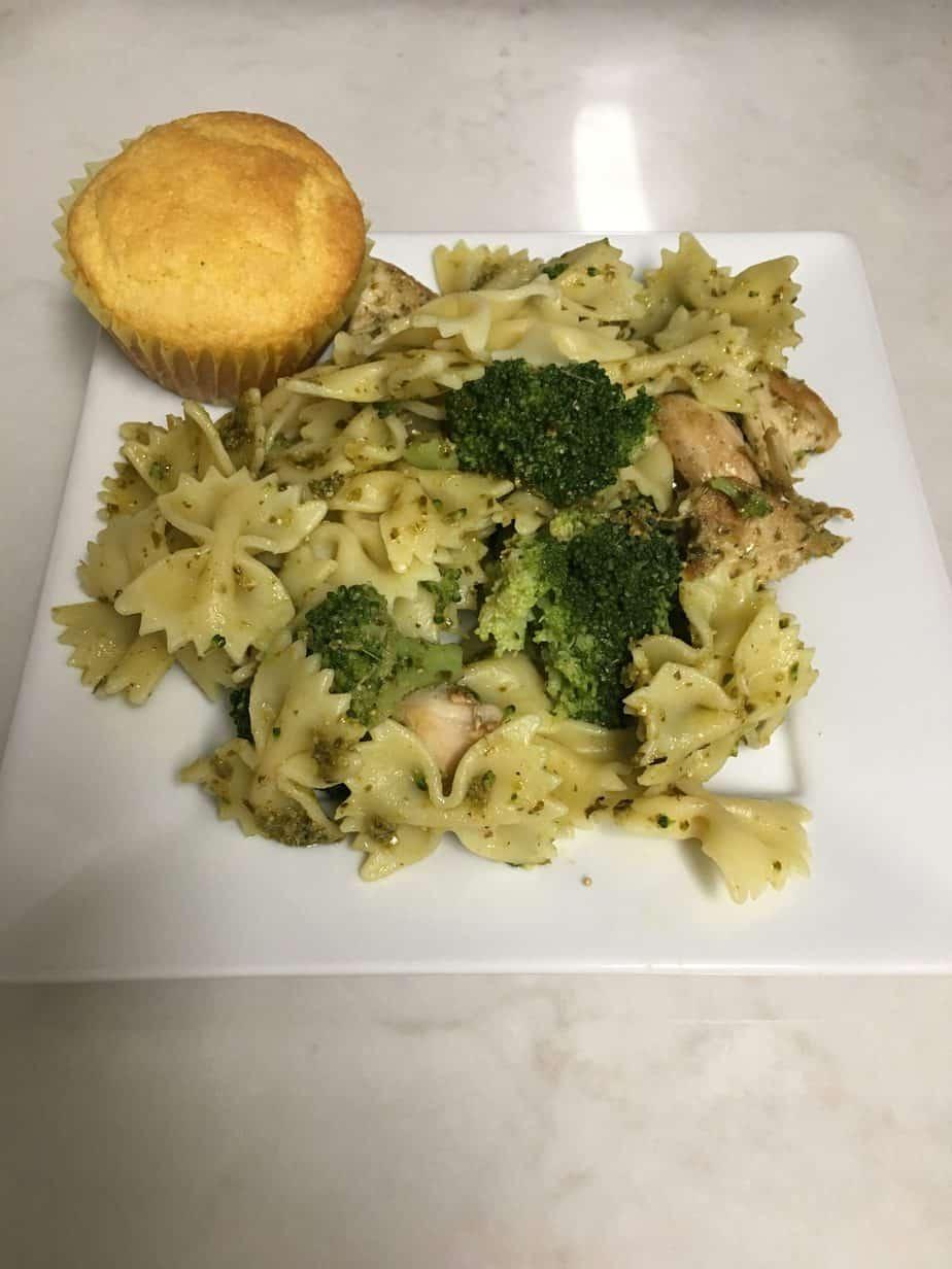 Cheap Aldi Meal Plan – Pesto Chicken Farfella
